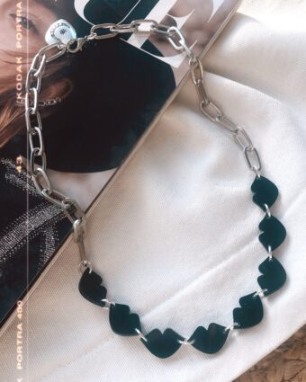 Collar Analua